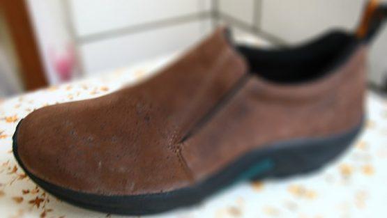 反绒皮鞋子发霉如何清