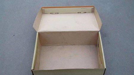 鞋盒容易发霉怎么预防?